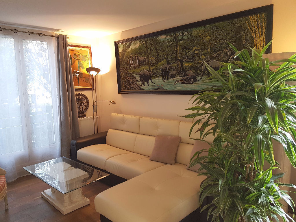appartement-versailles-4-piece-s-96-m2-excellent-etat-balcon-vue-jardin-parking