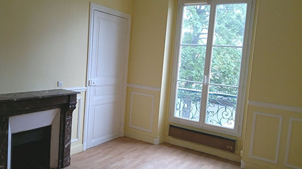 appartement-chaville-4-piece-s-63-m2-3-chambres-gare-rer-c-charme